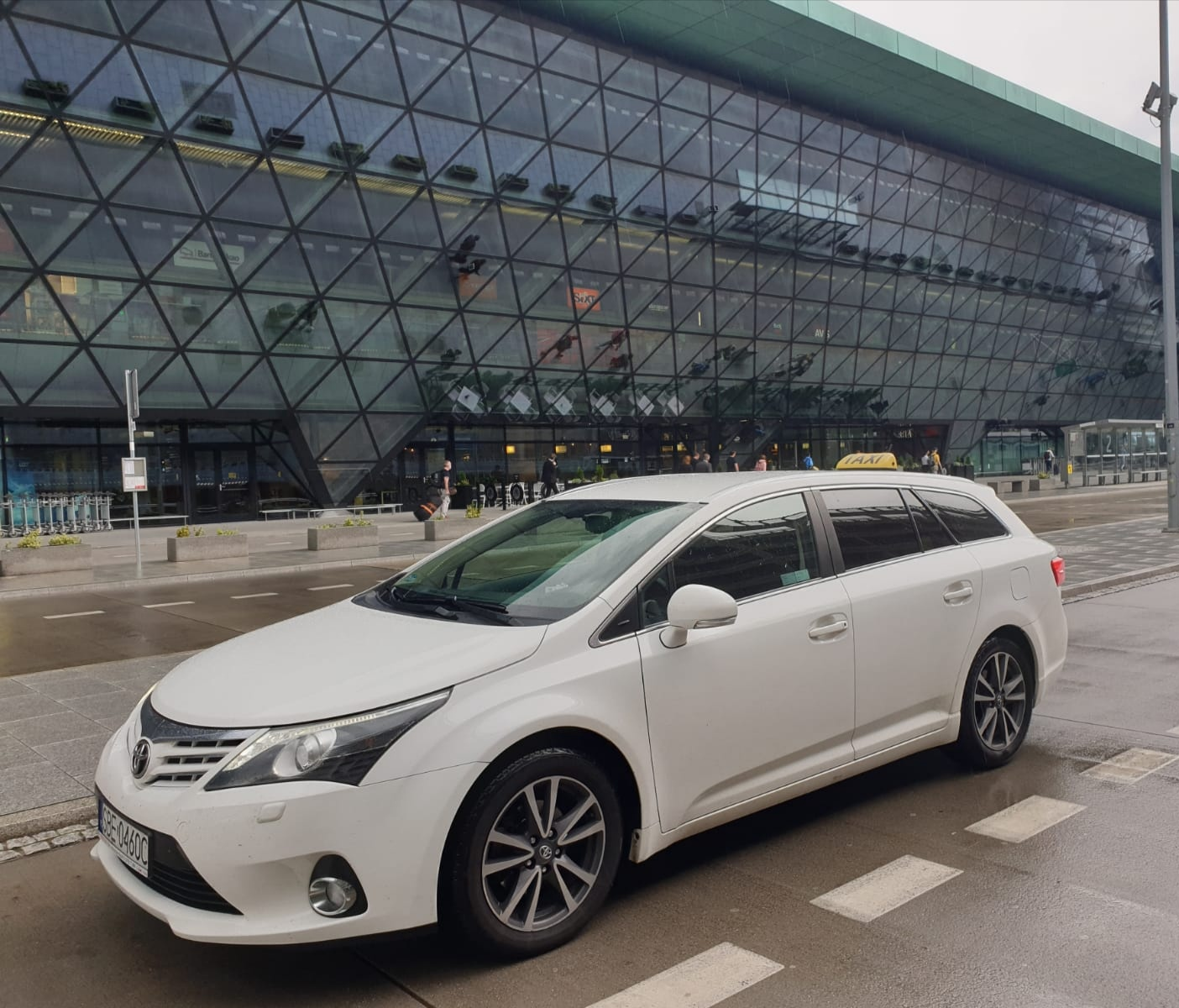 Kraków airport Toyota